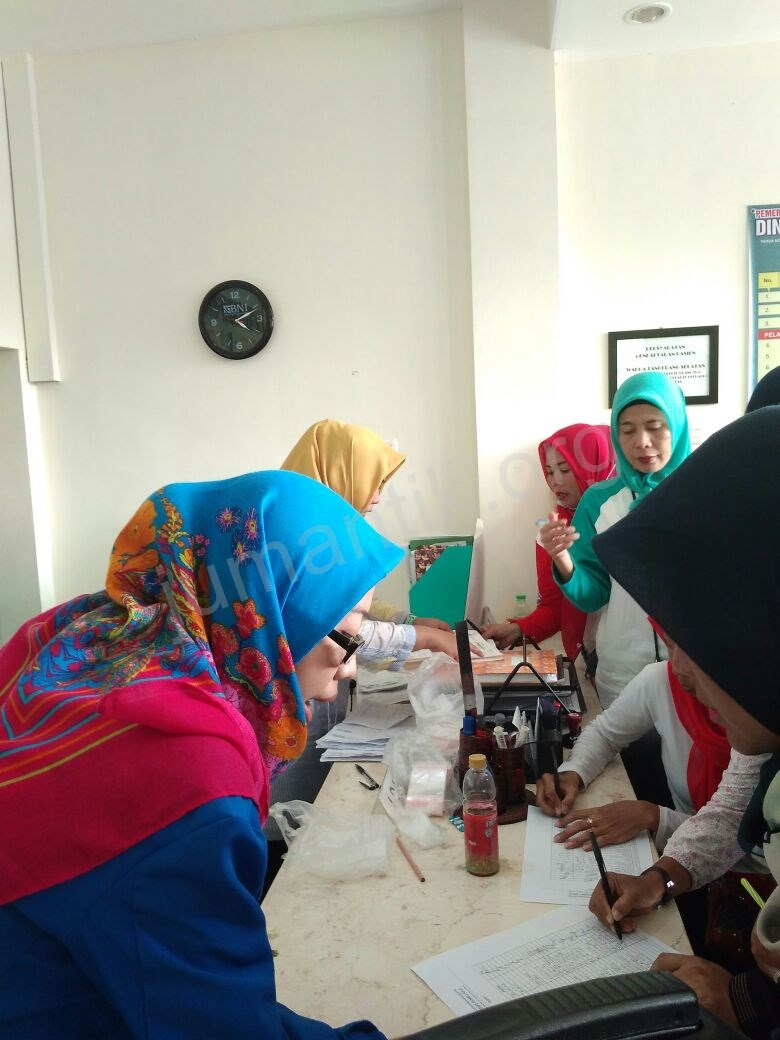 Jumantikers_gerebek_kampung_kelurahan_bambu_apus01.jpg