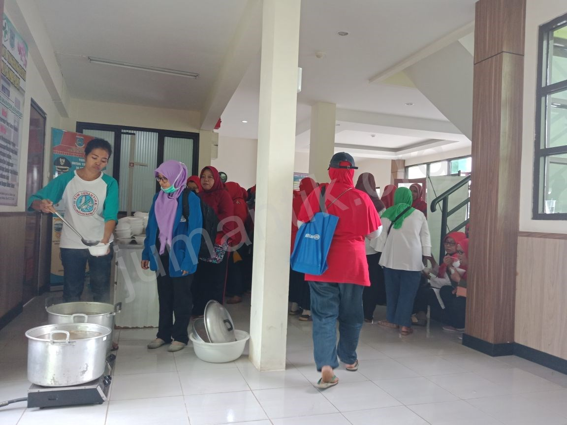 Jumantikers_gerebek_kampung_kelurahan_bambu_apus12.jpg