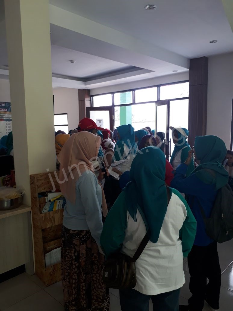 Jumantikers_gerebek_kampung_kelurahan_bambu_apus26.jpg