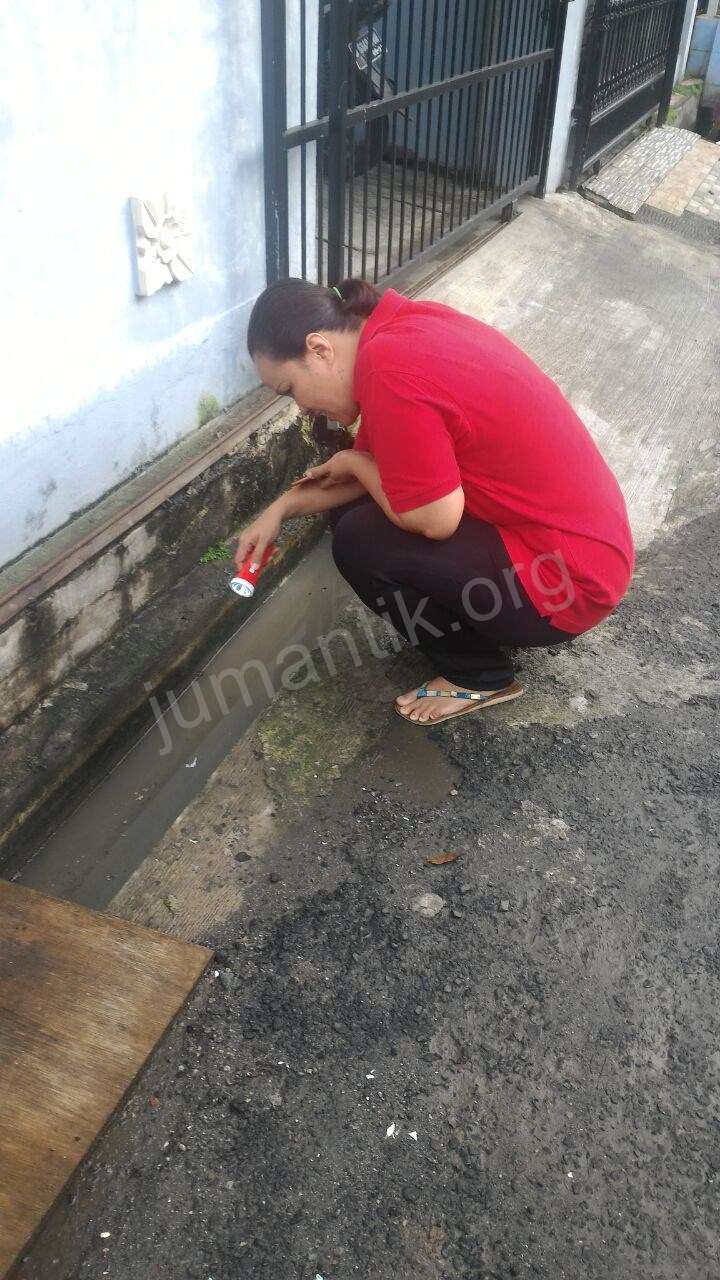 Jumantikers_gerebek_kampung_kelurahan_bambu_apus33.jpg