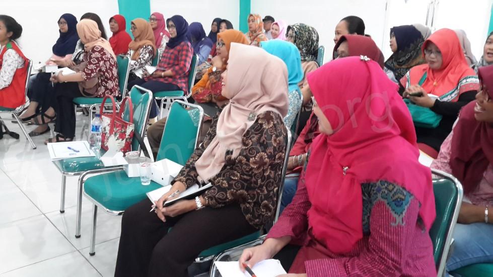 Pelatihan_kader_Jumantik_Kelurahan_Bambu_Apus_Kecamatan_Pamulang_107.jpg